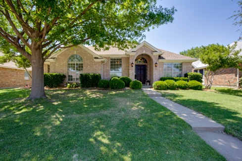 57034_8501 Greenfield Dr, Frisco TX 75035-Caydee Jennings ONSITE pic vid 3D_05-05-2017.0043HDR